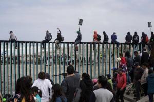 BordersSecurity03